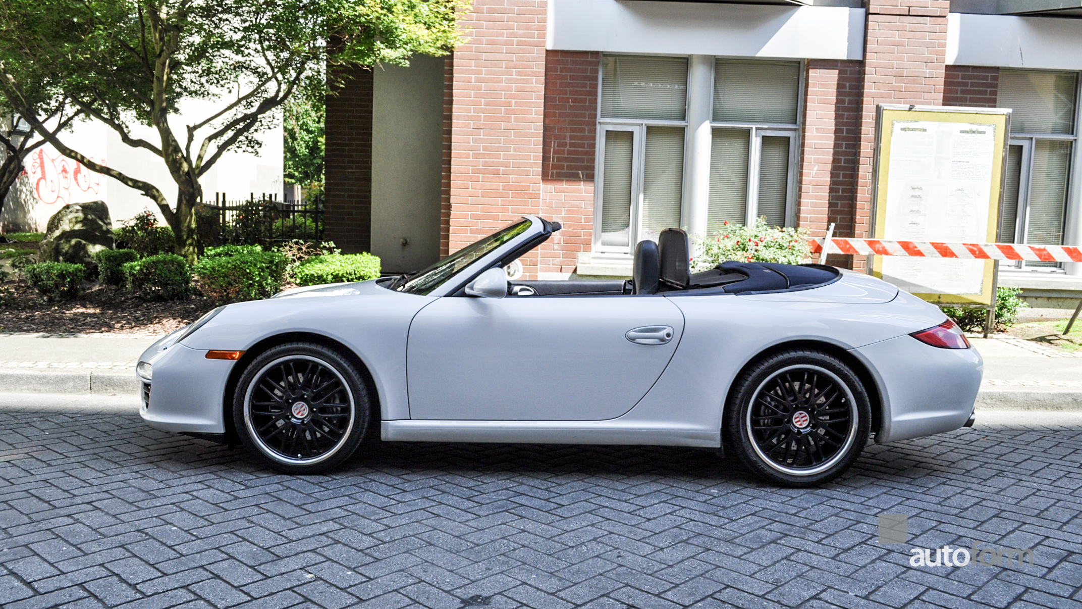 2009 porsche 911 carrera cabriolet autoform. Black Bedroom Furniture Sets. Home Design Ideas