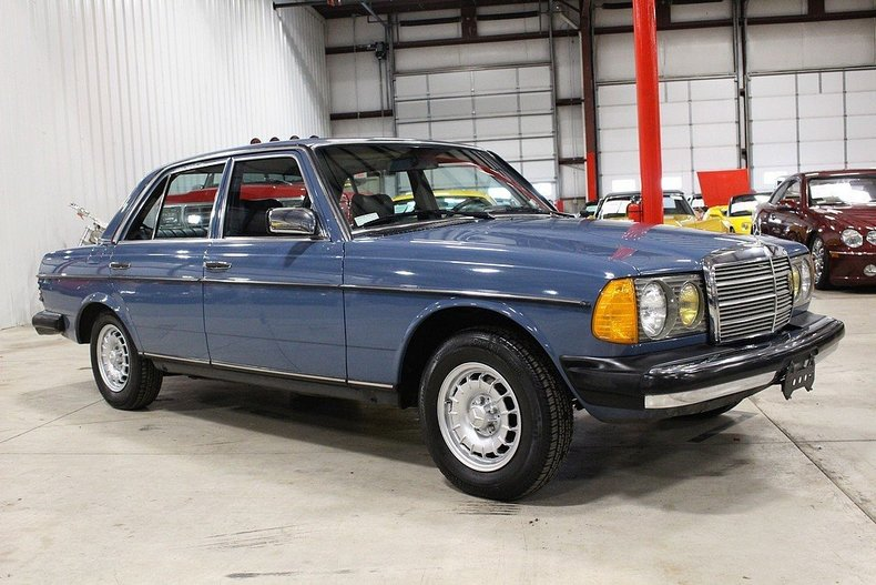 1983 mercedes benz 240d gr auto gallery for Mercedes benz 240 d