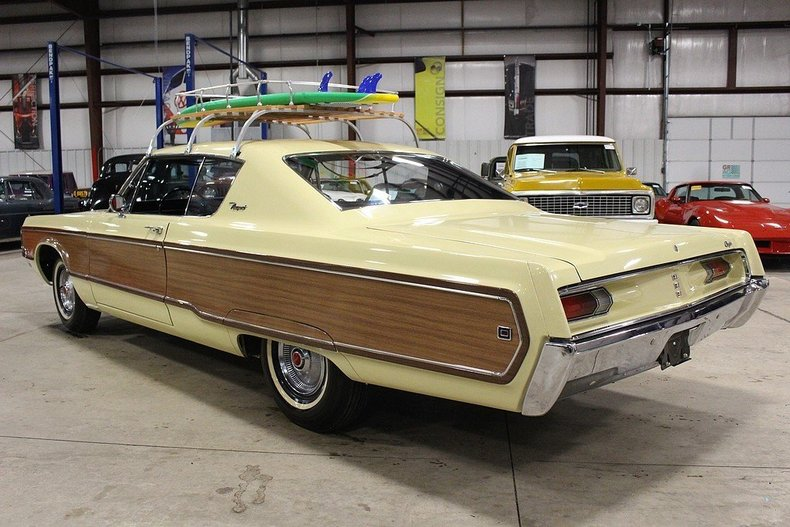 Town And Country Auto Sales >> 1968 Chrysler Newport   GR Auto Gallery