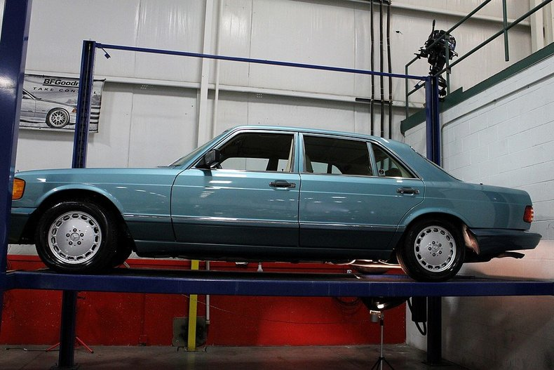 Purchase used 1991 mercedes 560sel only 31 818 one of the for Mercedes benz for sale in grand rapids mi