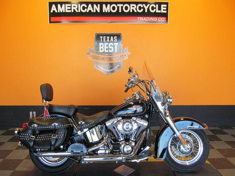 2012 Harley-Davidson Heritage Softail Classic - FLSTC