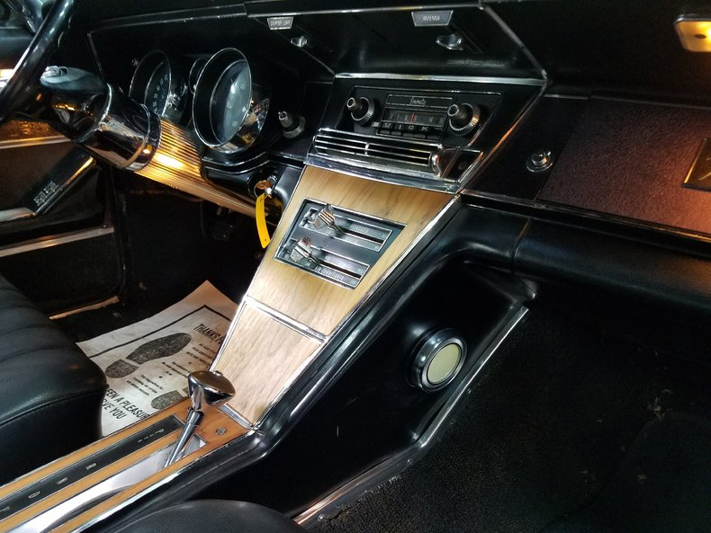 1965 buick riviera art speed classic car gallery in memphis tn. Black Bedroom Furniture Sets. Home Design Ideas
