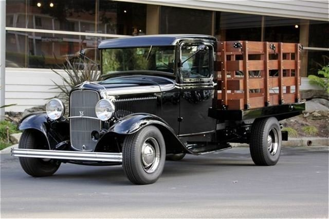 1932 Ford Stake Bed Truck_