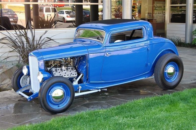 1932 Ford 3 Window Coupe_3944