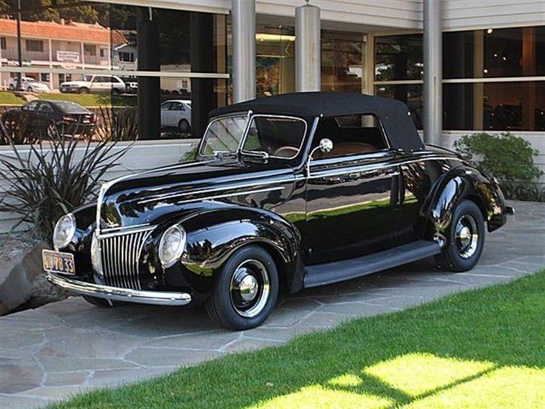 1939 Ford Deluxe Convertible_4065V