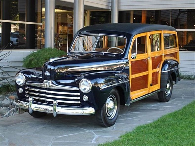 1947 Ford Super Deluxe Woodie_4081V