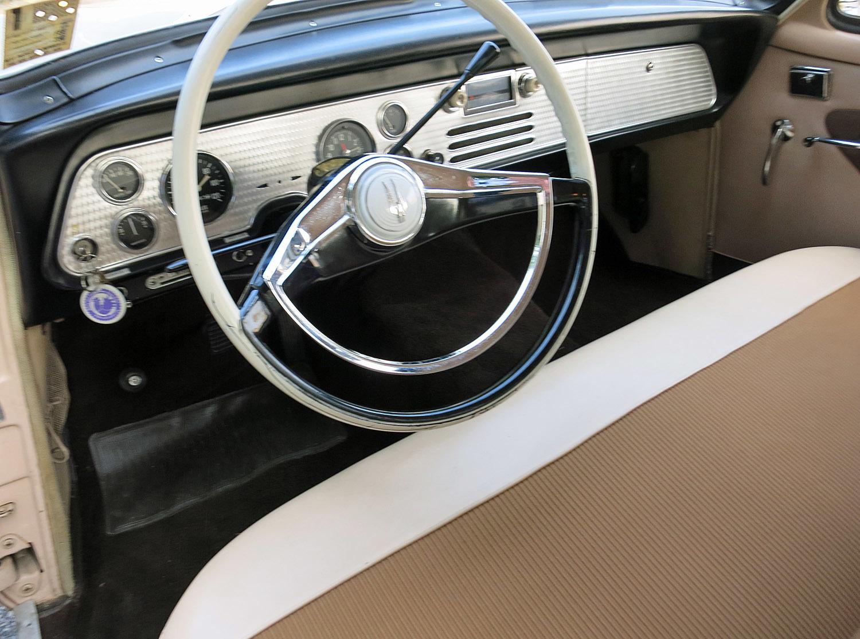 1958 Studebaker Silver Hawk