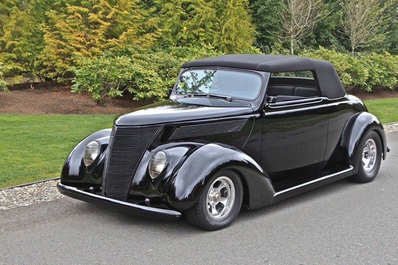 1937 Ford ST.