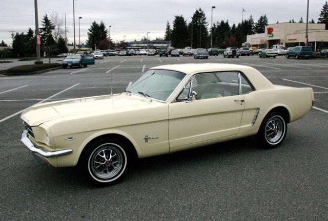 1965 Mustang V-8