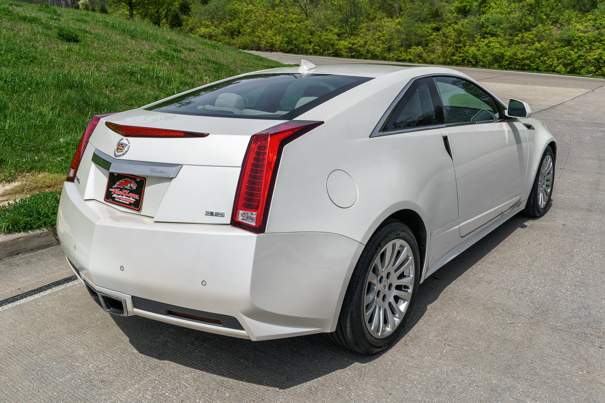 2011 cadillac cts fast lane classic cars. Black Bedroom Furniture Sets. Home Design Ideas