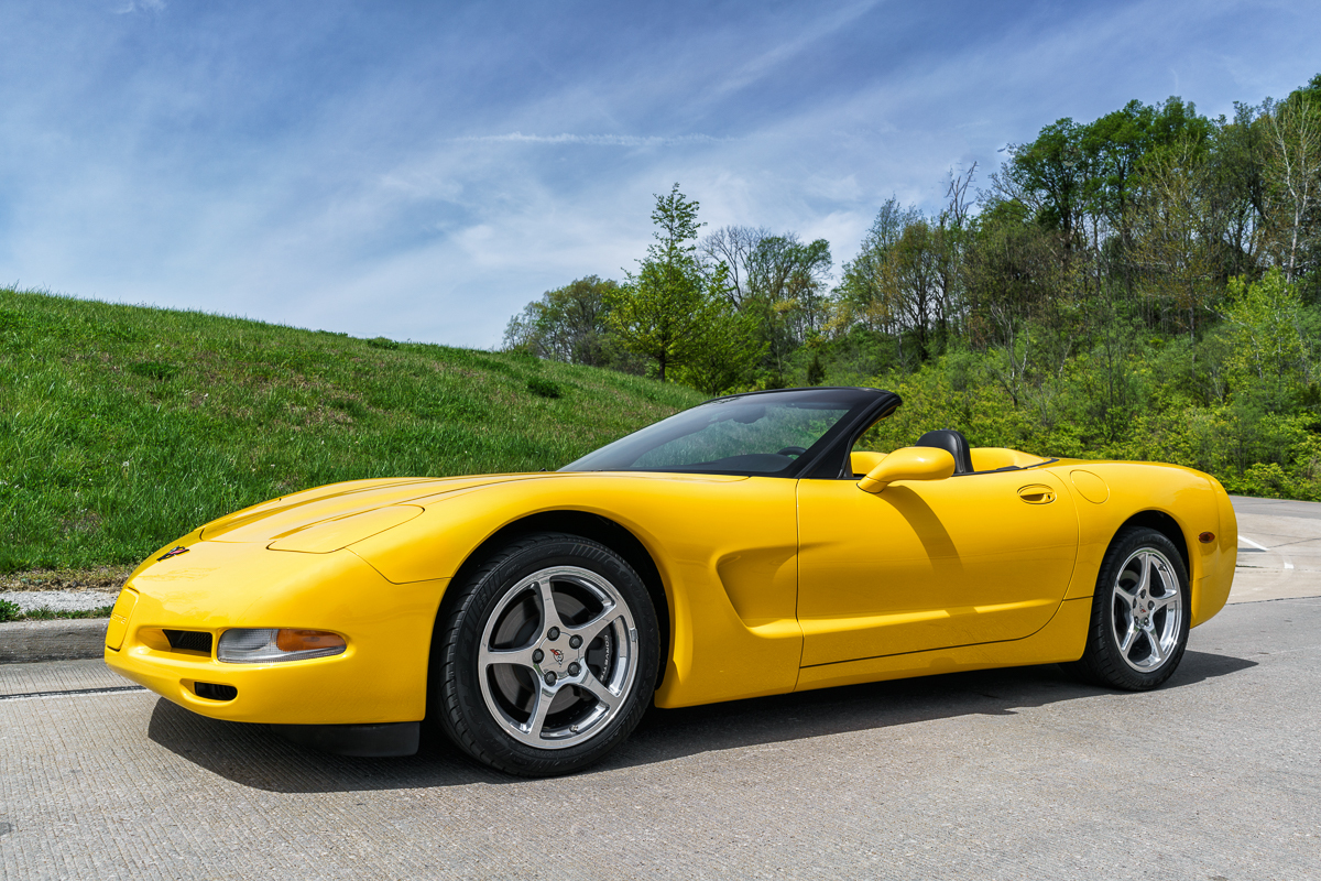 2000 chevrolet corvette fast lane classic cars. Black Bedroom Furniture Sets. Home Design Ideas