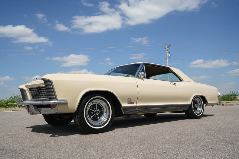1965 Buick Riviera Fast Lane Classic Cars