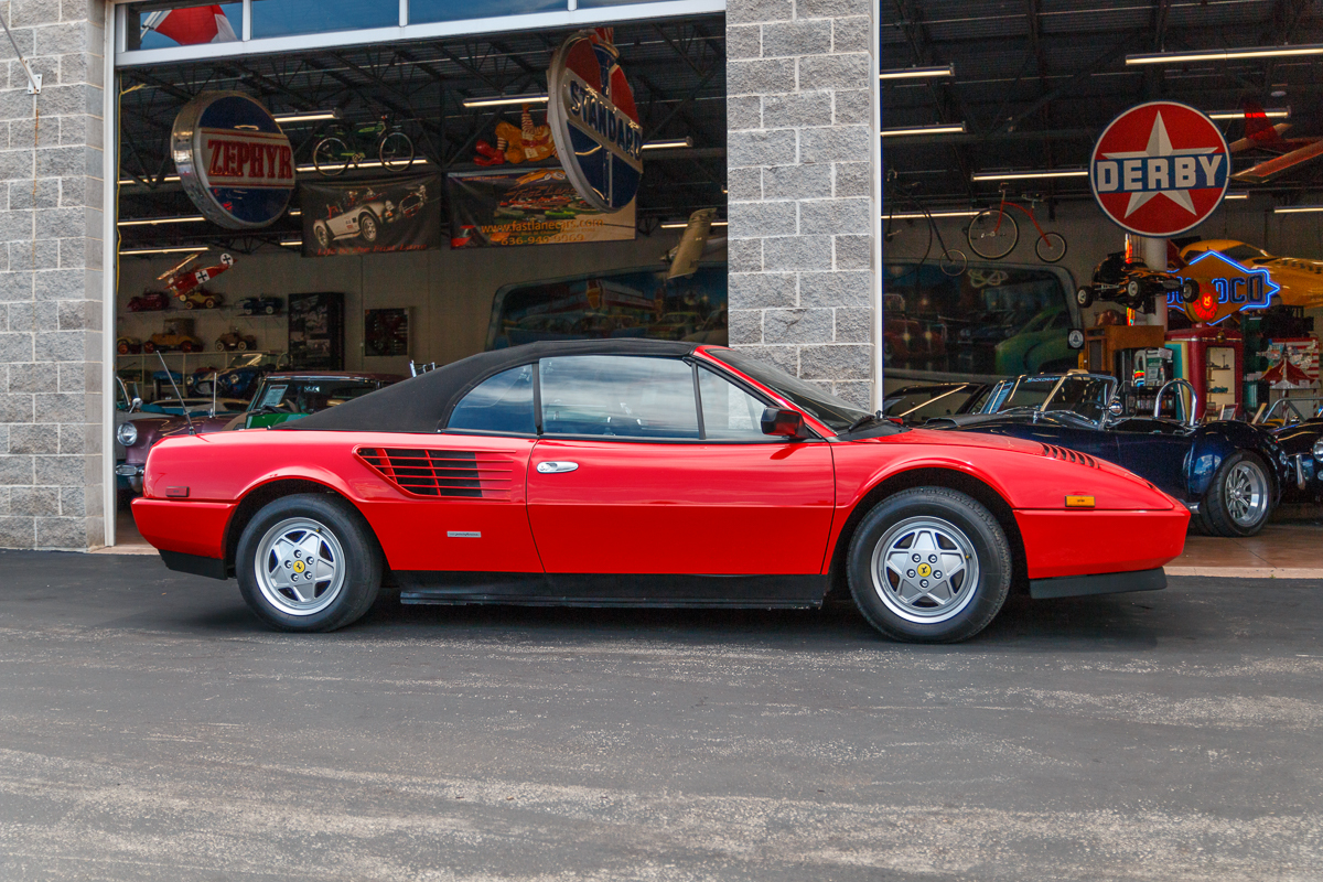 1986 ferrari mondial fast lane classic cars. Black Bedroom Furniture Sets. Home Design Ideas