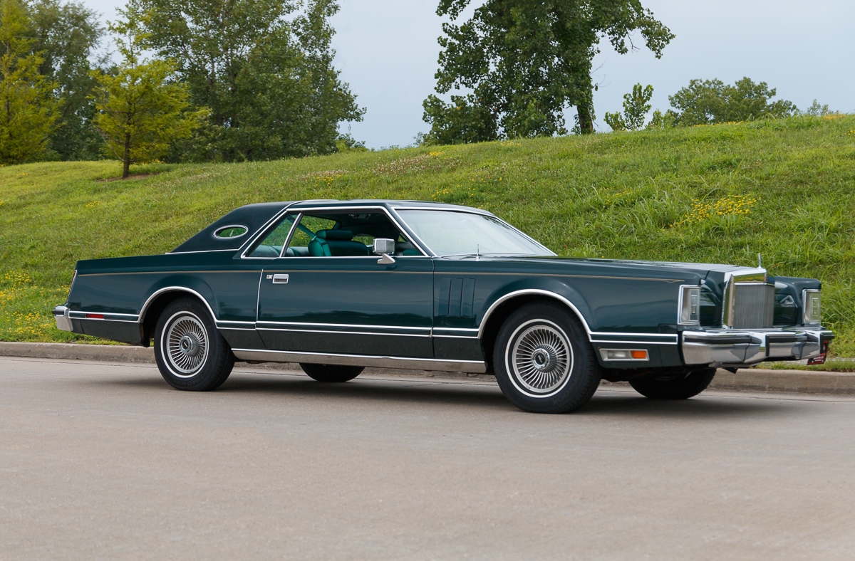 1978 lincoln continental fast lane classic cars. Black Bedroom Furniture Sets. Home Design Ideas
