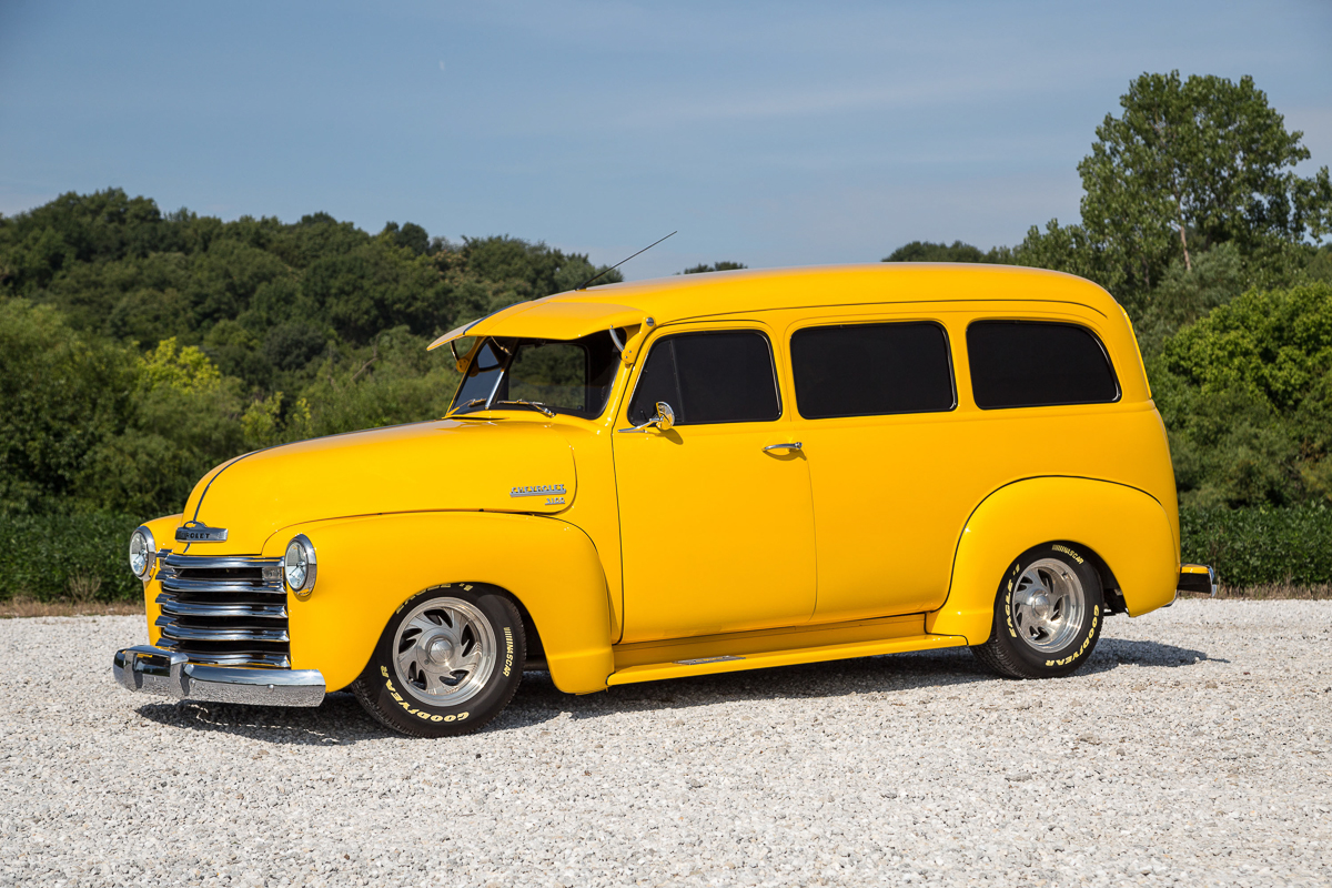 1952 chevrolet suburban clam shell carry all fast lane classic cars. Black Bedroom Furniture Sets. Home Design Ideas