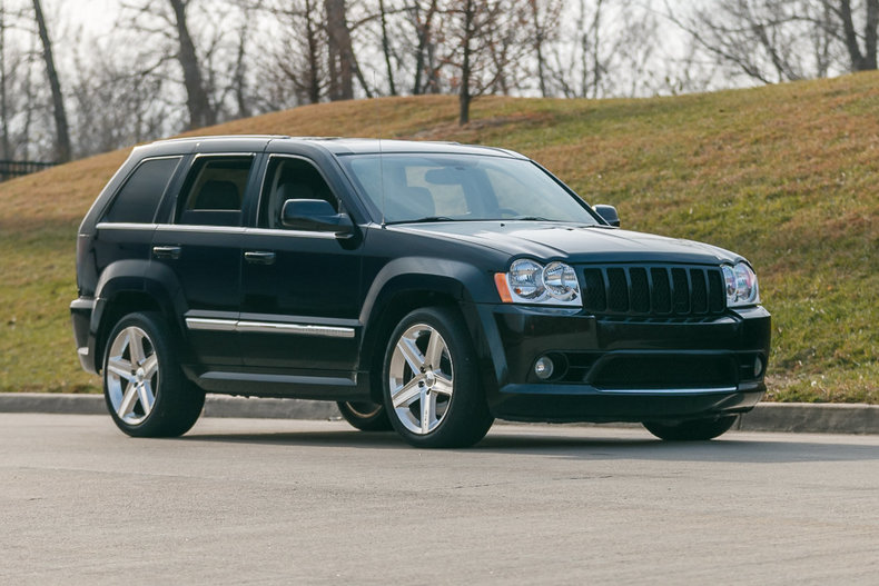grand cherokeesrt 8. Cars Review. Best American Auto & Cars Review
