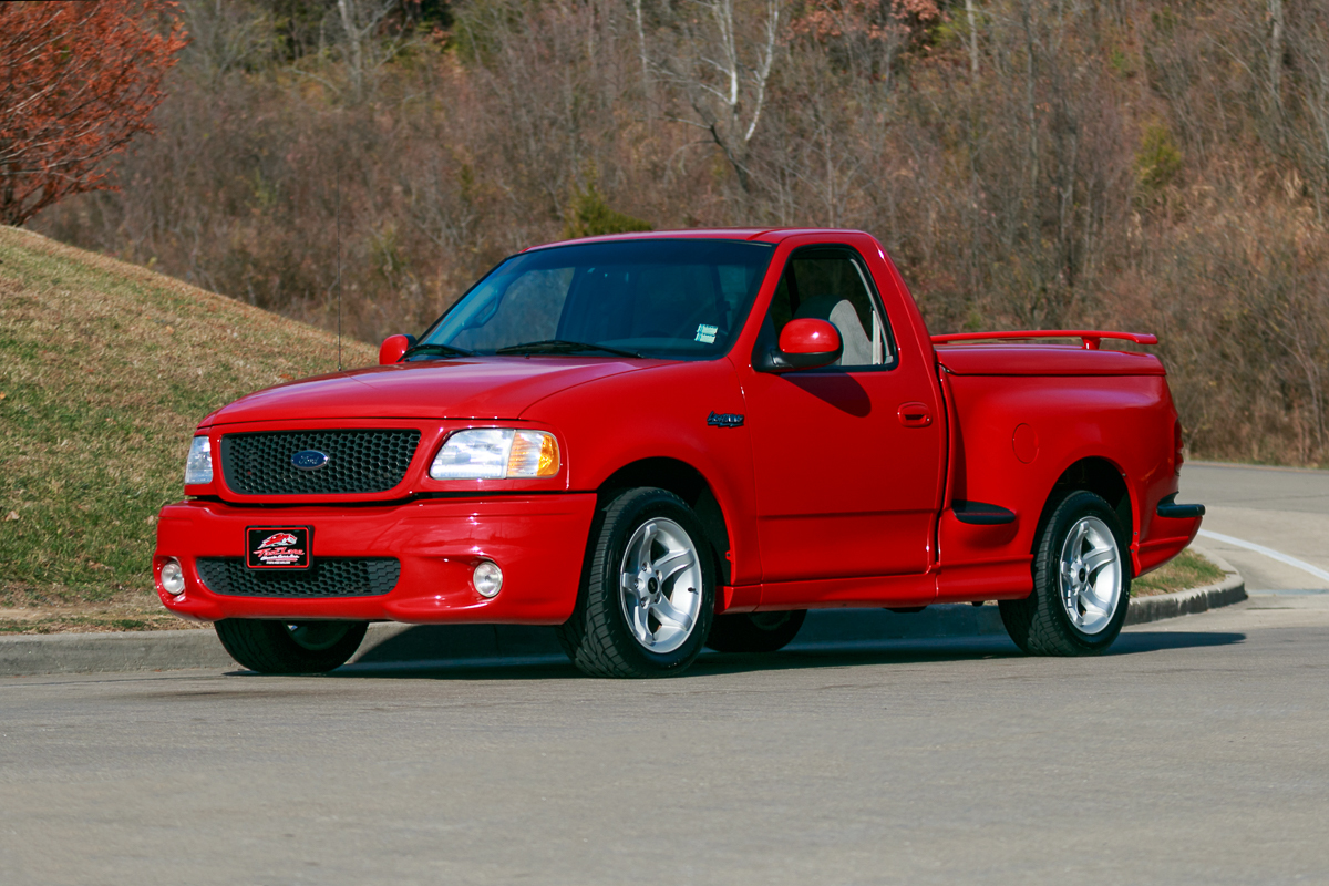 2000 ford lightning fast lane classic cars. Black Bedroom Furniture Sets. Home Design Ideas
