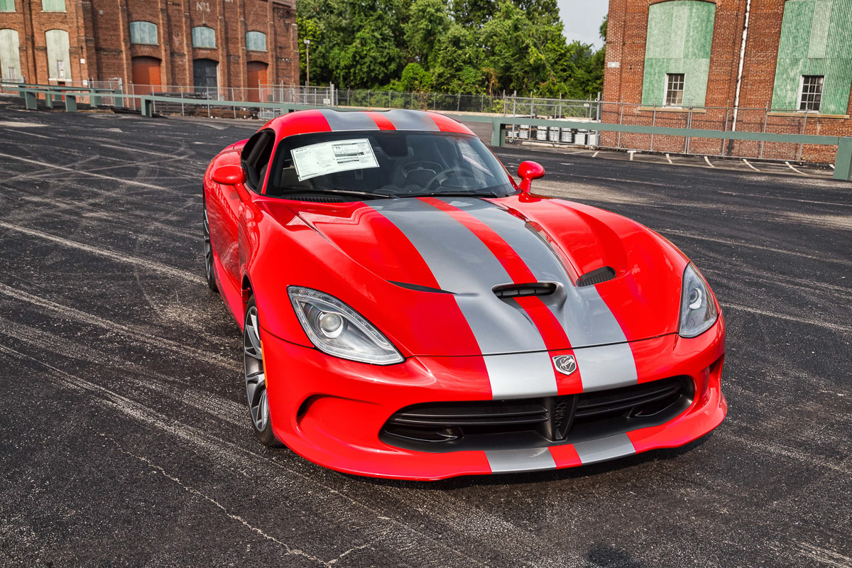 2014 dodge srt viper fast lane classic cars. Black Bedroom Furniture Sets. Home Design Ideas