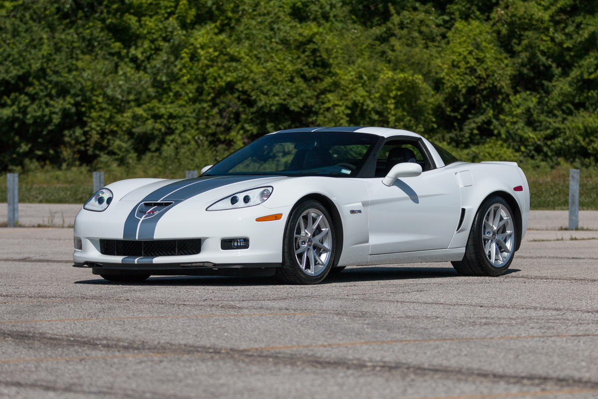 2013 chevrolet corvette z06 fast lane classic cars. Black Bedroom Furniture Sets. Home Design Ideas
