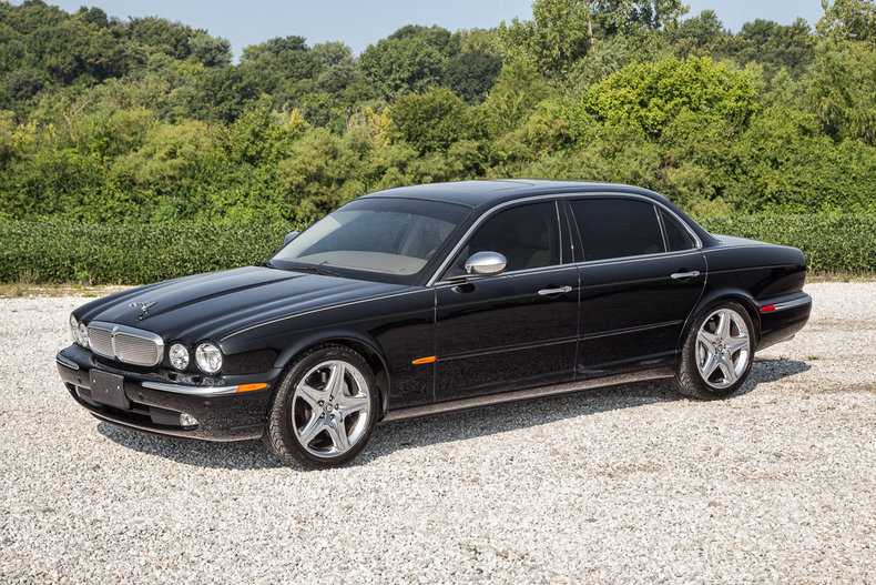 sell used 2005 jaguar xj8 super v8 long wheel base fully. Black Bedroom Furniture Sets. Home Design Ideas