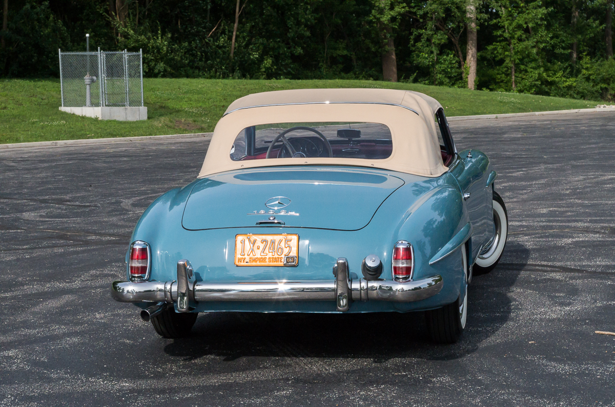 1962 mercedes benz 190sl fast lane classic cars for Mercedes benz st charles mo