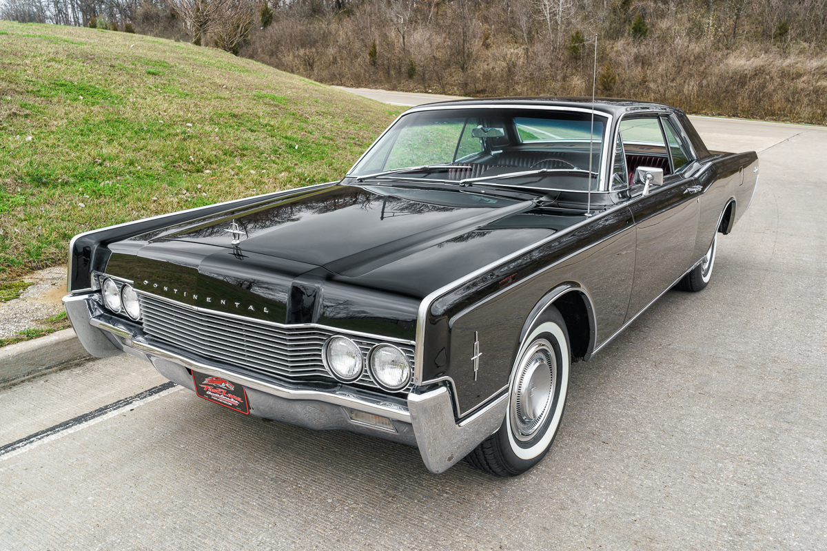 1966 lincoln continental fast lane classic cars. Black Bedroom Furniture Sets. Home Design Ideas