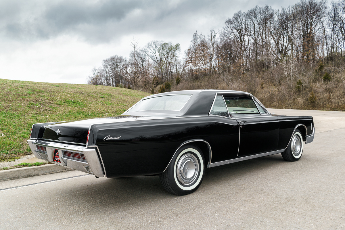 1966 Lincoln Continental | Fast Lane Classic Cars