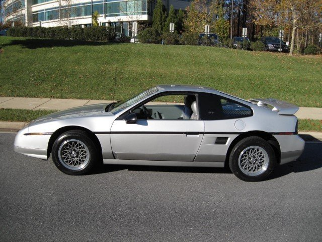 1987 pontiac fiero 1987 pontiac fiero for sale to buy or. Black Bedroom Furniture Sets. Home Design Ideas