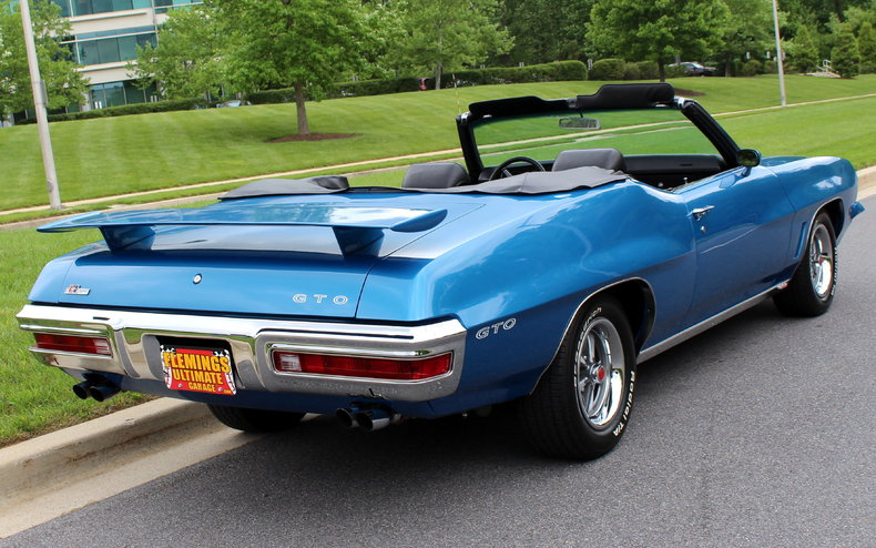 169634 2013 Srt Jeep Long Time  ing likewise 1972 Pontiac Lemans Sport Convertible as well Wiring Interior Installation C3 Corvette Restoration Guide furthermore 1968 C3 Corvette as well 1955 Pontiac Chieftain 2 Door Wagon. on hidden car stereo compartment