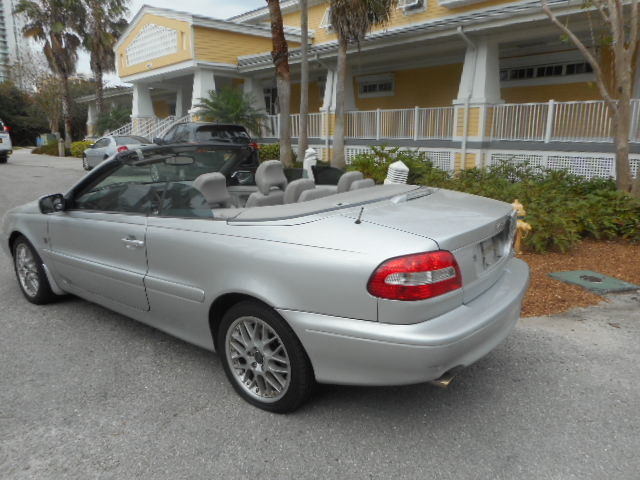 2004 2004 Volvo C70 For Sale
