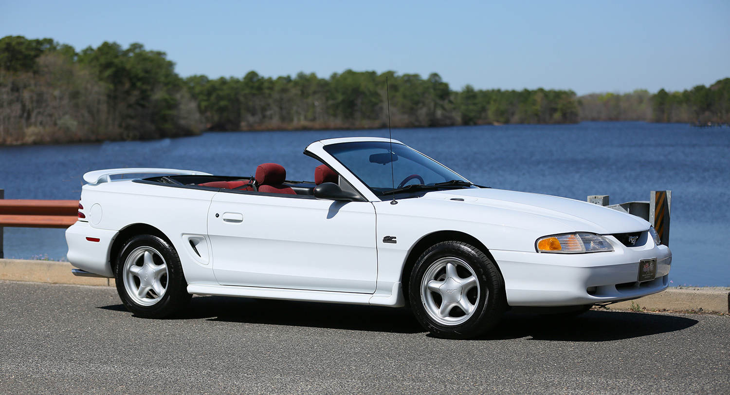 1995 ford mustang gt convertible 2 door ebay. Black Bedroom Furniture Sets. Home Design Ideas