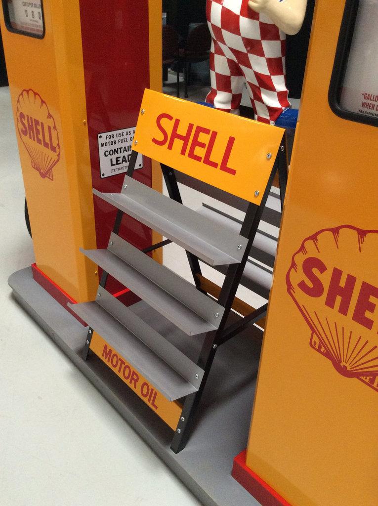 Norwalk Auto Auction >> Shell Gas Pump Island   GAA Classic Cars