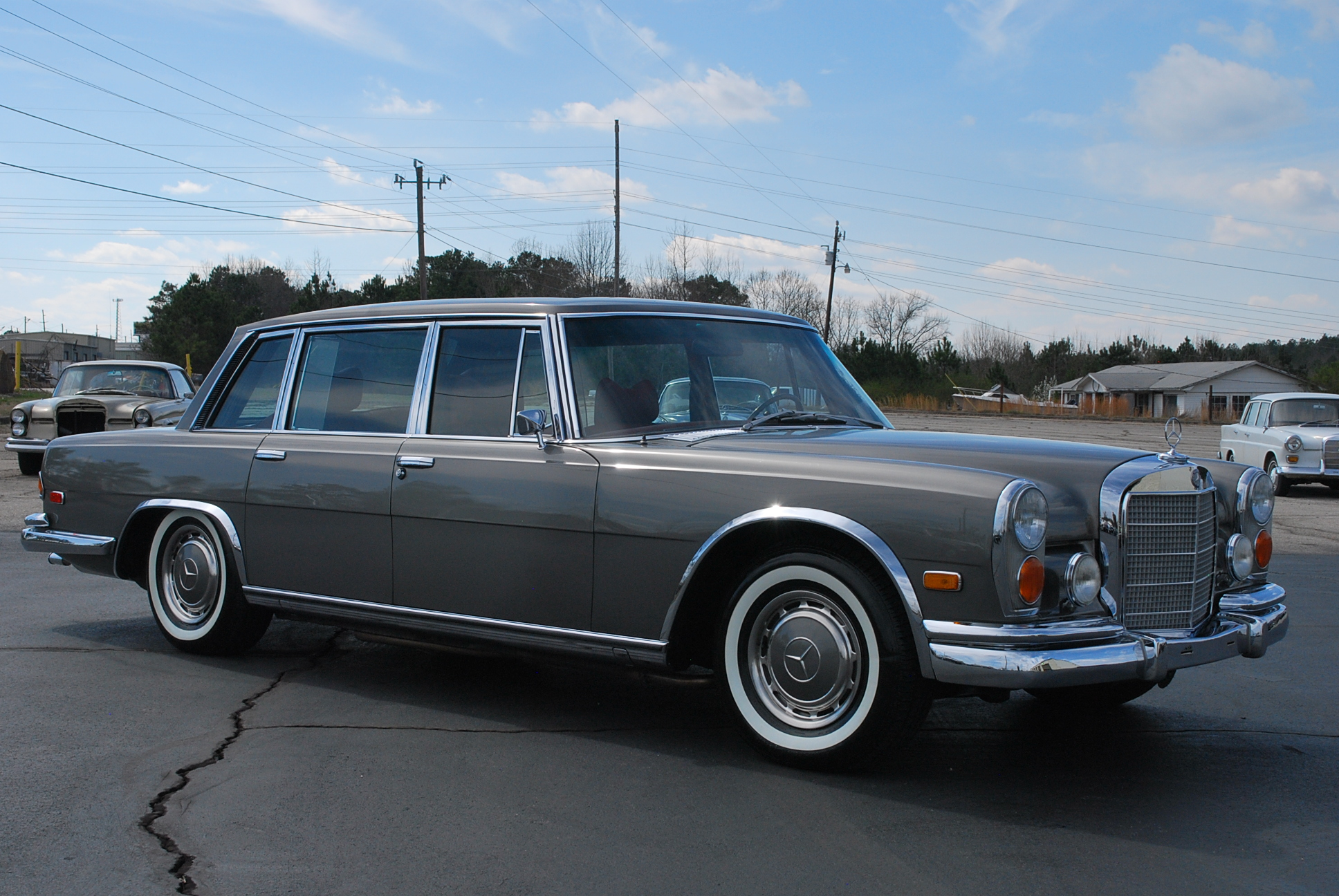 1972 mercedes benz 600 mbclassics for Mercedes benz 600s