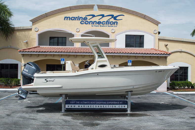 Used 2013 Scout 245 XSF boat for sale in West Palm Beach, FL