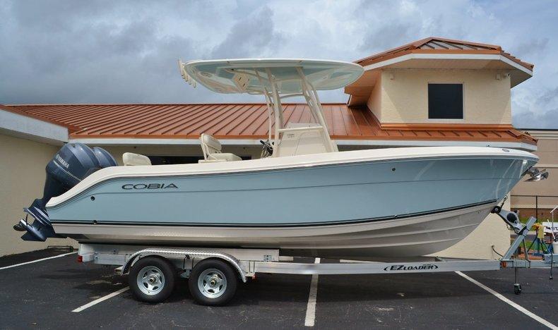 New 2015 Cobia 237 Center Console boat for sale in Vero Beach, FL