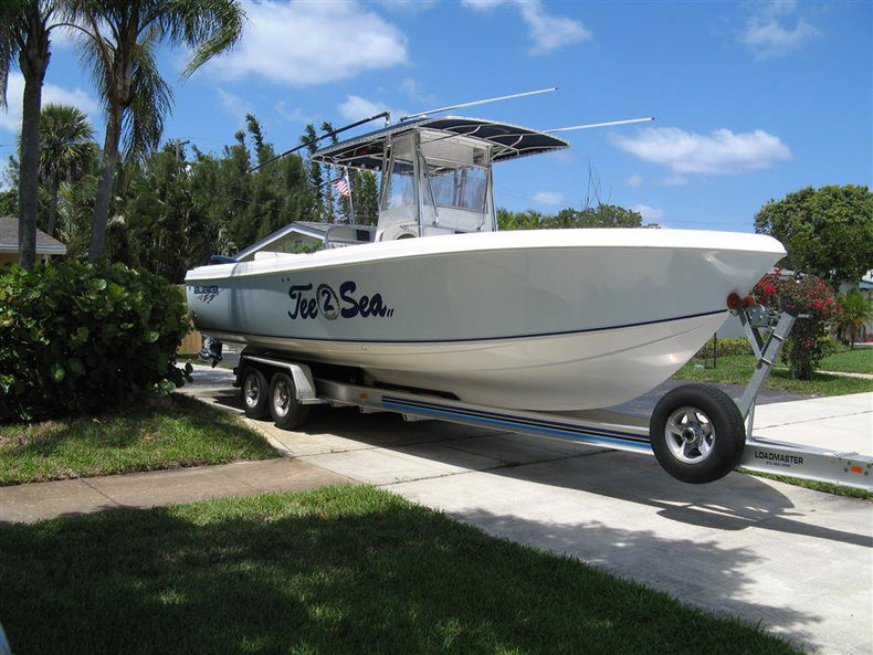 Used 2005 Bluewater 2850 CC boat for sale in West Palm Beach, FL