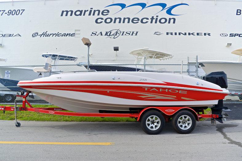 Used 2005 Tahoe 215 Deck Boat boat for sale in Miami, FL