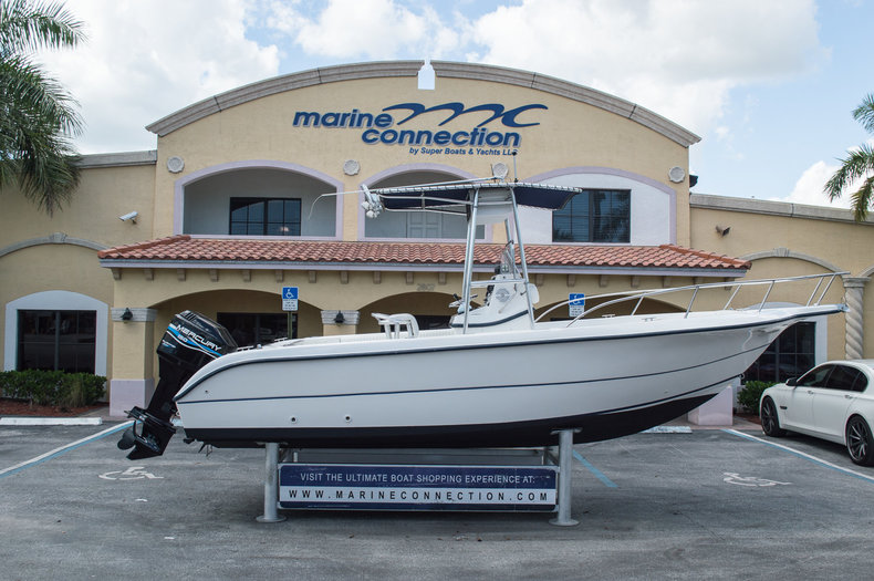 Used 2001 Sea Fox 230 CC boat for sale in West Palm Beach, FL