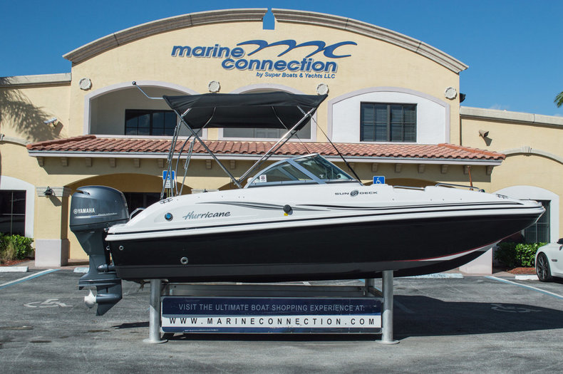 Used 2014 Hurricane SunDeck SD 187 OB boat for sale in West Palm Beach, FL