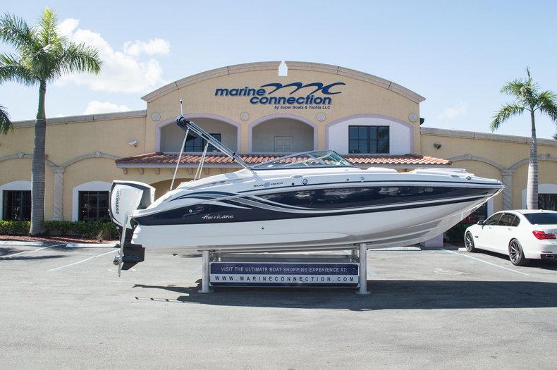 New 2015 Hurricane SunDeck SD 2400 OB boat for sale in Miami, FL