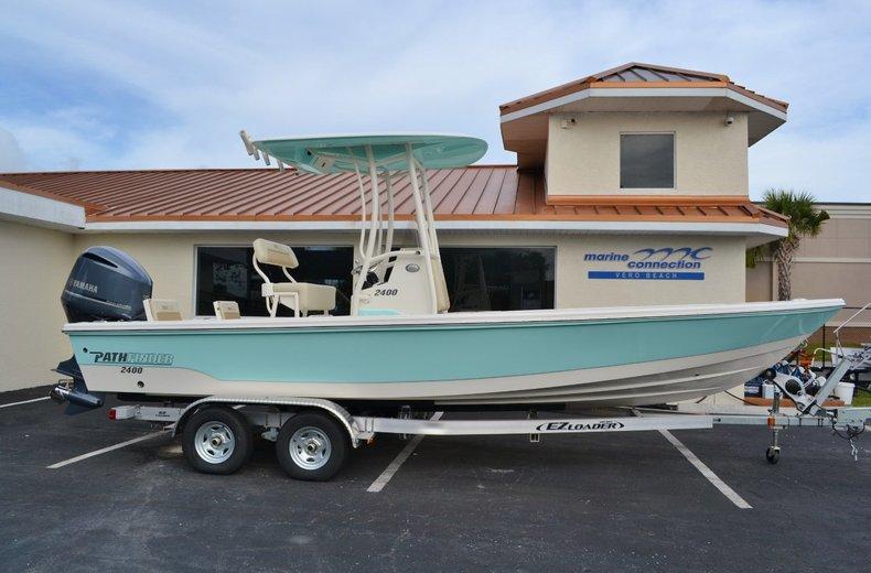 New 2015 Pathfinder 2400 TRS Bay Boat boat for sale in Vero Beach, FL