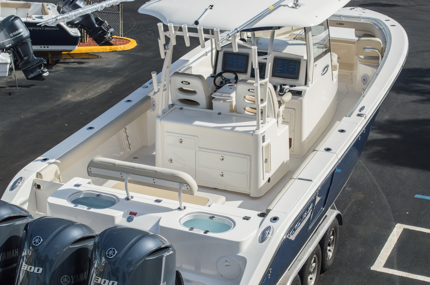 Thumbnail 117 for New 2016 Cobia 344 Center Console boat for sale in West Palm Beach, FL