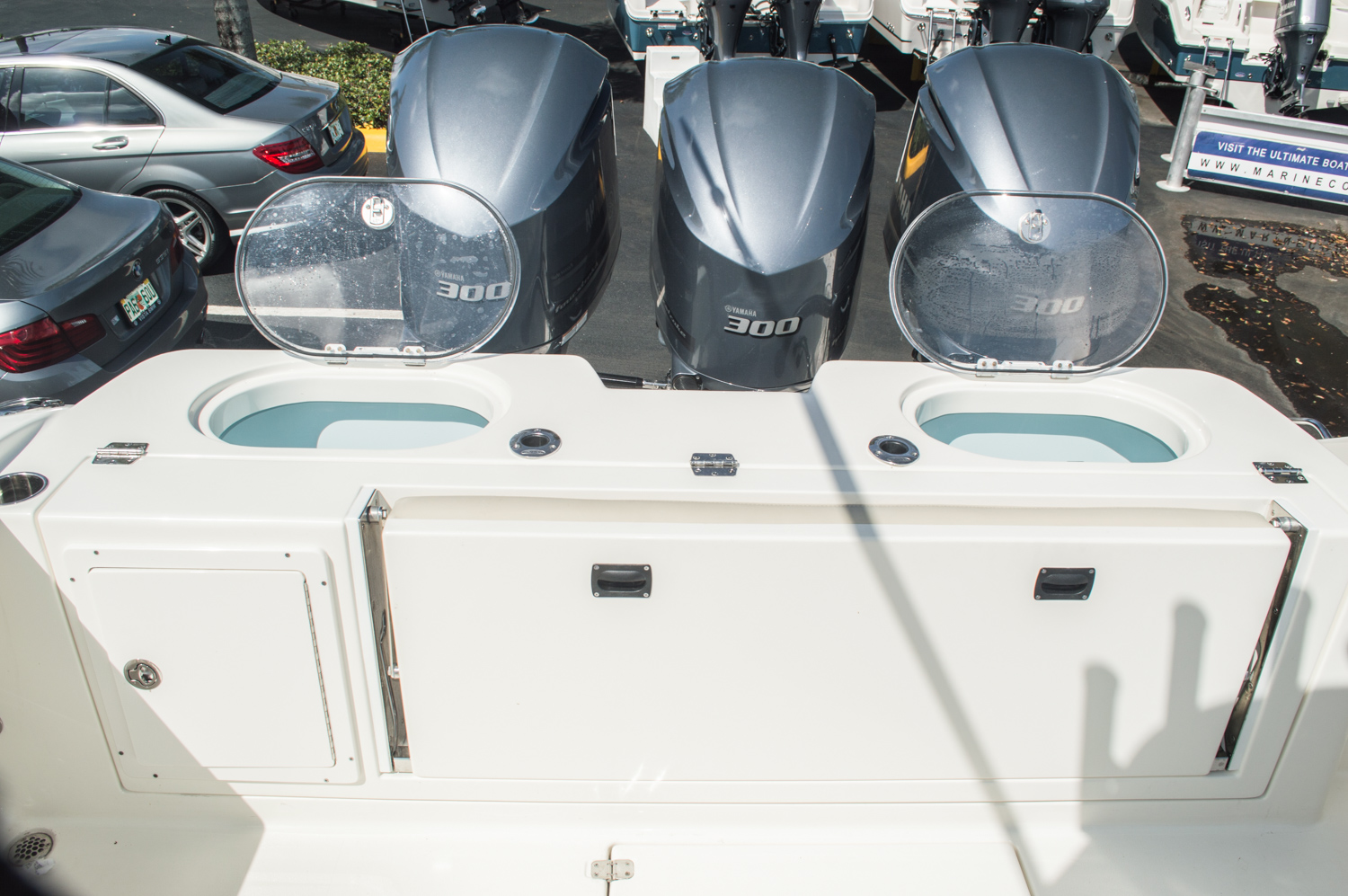 Thumbnail 17 for New 2016 Cobia 344 Center Console boat for sale in West Palm Beach, FL