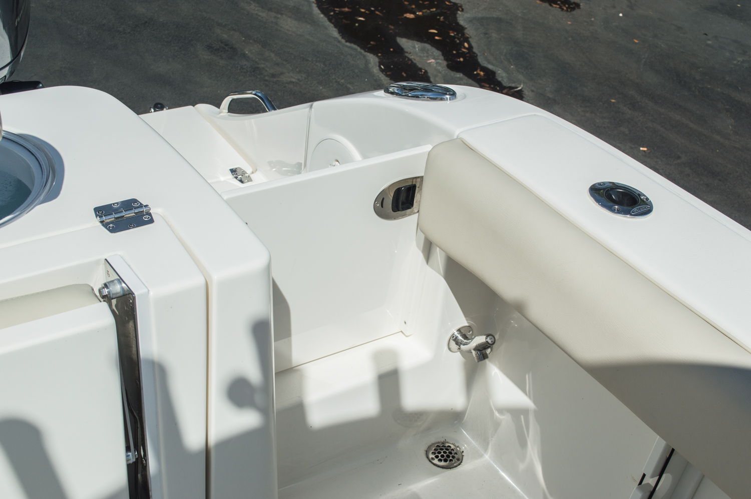 Thumbnail 25 for New 2016 Cobia 344 Center Console boat for sale in West Palm Beach, FL