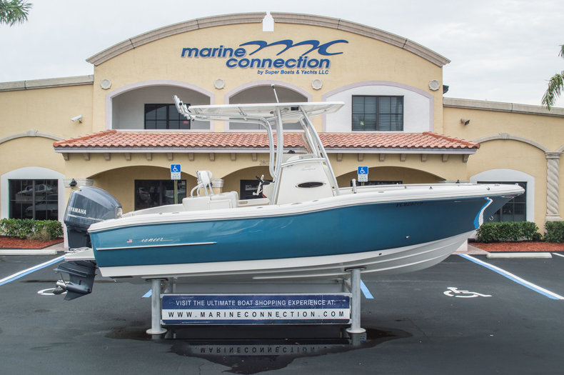 Used 2013 Pioneer 222 Sportfish boat for sale in West Palm Beach, FL