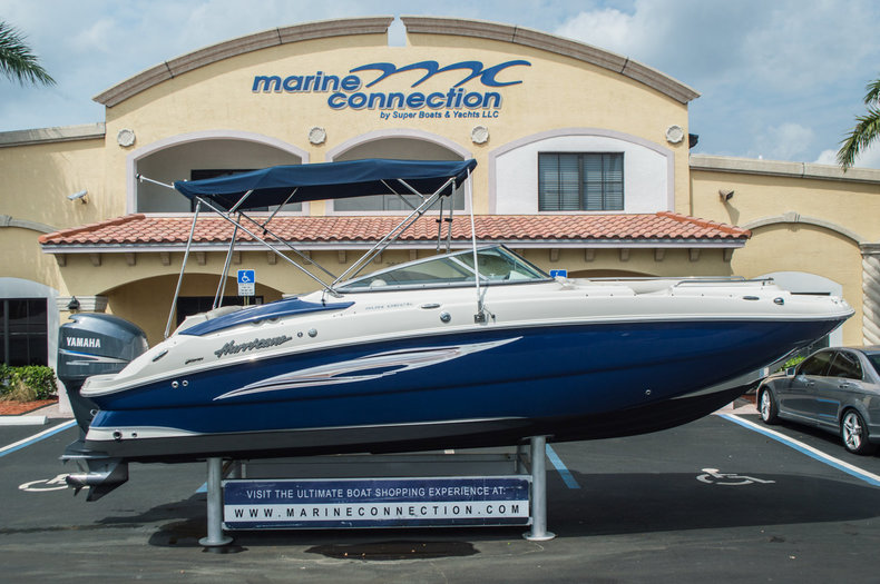 Used 2007 Hurricane SunDeck SD 2400 OB boat for sale in West Palm Beach, FL