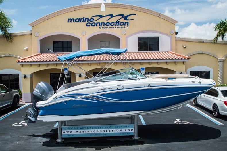 New 2015 Hurricane SunDeck SD 2400 OB boat for sale in Vero Beach, FL