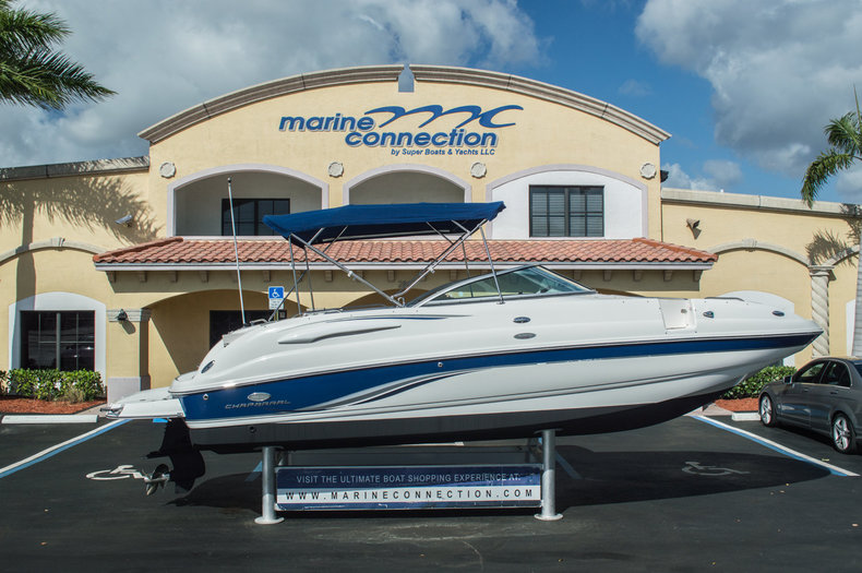 Used 2006 Chaparral 254 Sunesta Deck Boat boat for sale in West Palm Beach, FL