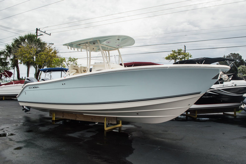 2015 Cobia 277 Center Console boat for sale in West Palm Beach, FL