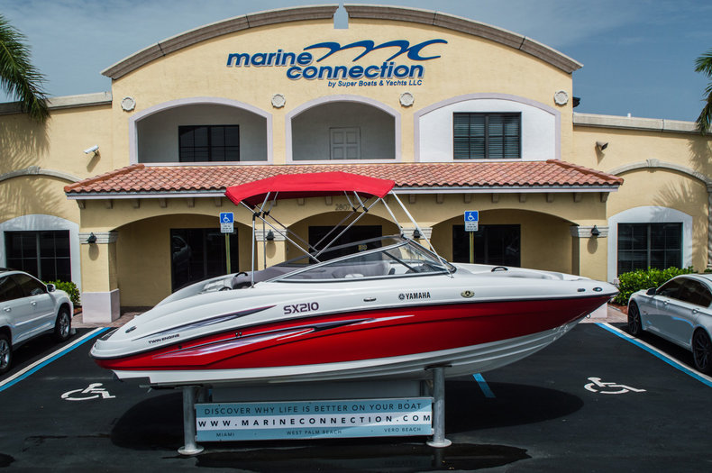 Used 2007 Yamaha SX210 boat for sale in West Palm Beach, FL